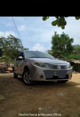 Renault Sandero en manta