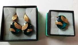 Aretes y anillo