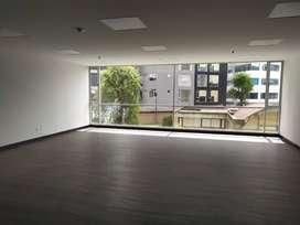 El Batan, oficina, alquiler, 80 m2, 1 ambiente, 1 baño, 1 parqueadero