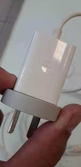 Cargador Smartphone Motorola. Usado