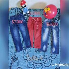 Vende ropa de niño  usada en buen estado jeans desde la talla 2 a la 10 , camisas desde la talla 1 a la 4