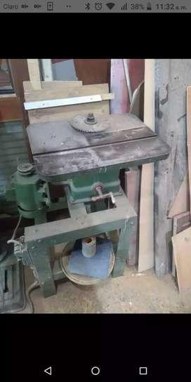 Venta de maquinaria de carpintería