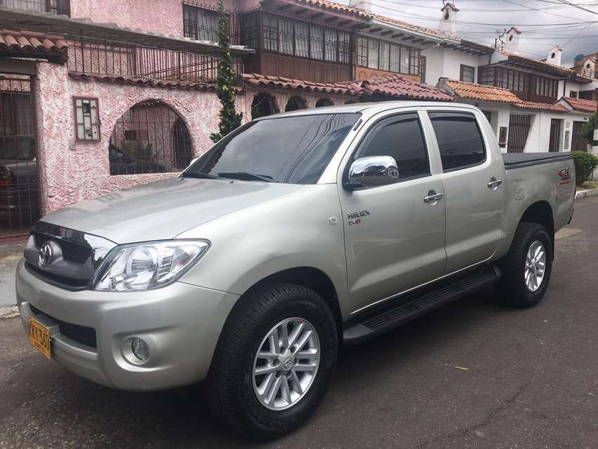 Toyota Hilux Doble Cabina 4x4 Diesel 2011 0