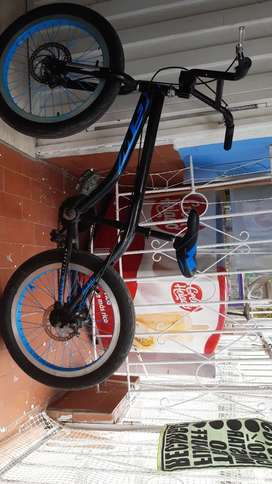 Cicla marco lancer