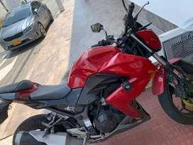 Vendo moto Kawasaki con todo al dia