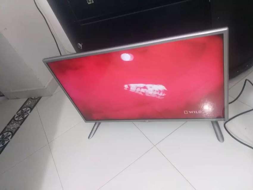 Smart tv 32 lg excelente 0