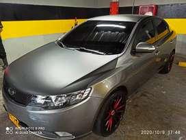 Vendo Kia Cerato forte sedan 2AB ABS 1600 cc Transmisión mecanica