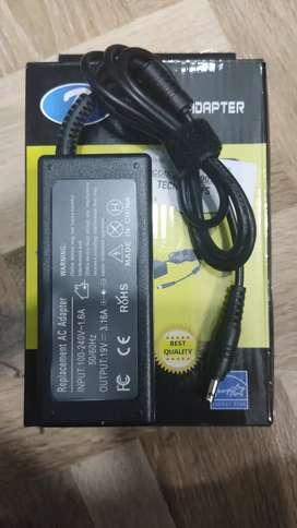 Cargador para portátil sansung  19V - 3 AMP