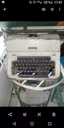 Máquina de escribir antigua interesados escribir wsap