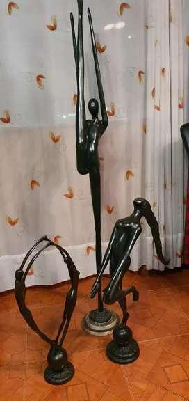 Estatuas en bronce