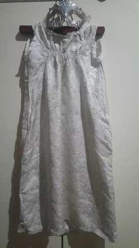 Disfraz vestido de nena más antifaz