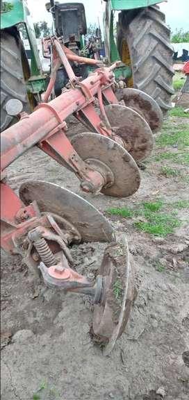 Tractor agrícola  de  segunda mano john deree 2140