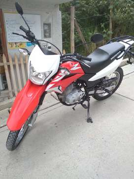Se vende moto XR150. Año 2018 todo Ok.