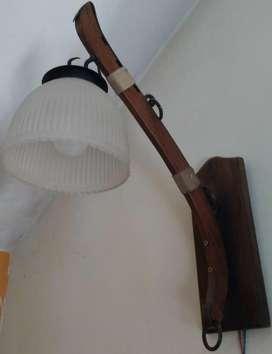 LAMPARA APLIQUE DE PARED GRANDE. MADERA RUSTICA ESTILO COUNTRY