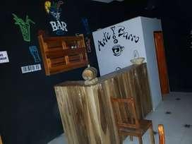 Bar de madera en perfecto estado