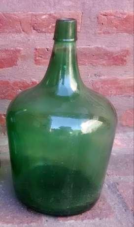 Damajuana antigua de 5 litros