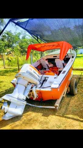 Vendo permuto por moto de agua Regnicoli Dorado V2 con Jhonson 115