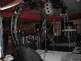 Alquiler de equipos de sonido para amplificación profesional y sonido en vivo