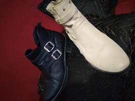 Se vende botas dama en buen estado.