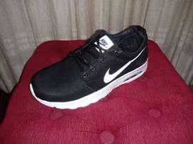 Nike con camaras - Unisex