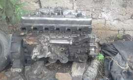 vendo motor nissan 205 o por partes