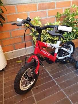 Bicicleta roja blanca negra para niño niña pequeña 5 años