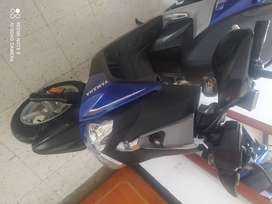 Vendo hermosa Yamaha Bws