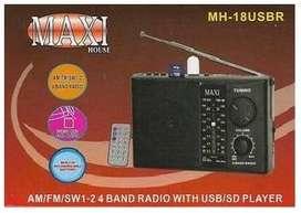 Radio recargable NUEVO con control remoto Y de 4 bandas