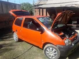 Vendo /permuto Renault twingo 99,full,por Fiat 147 y diferencia a mi favor