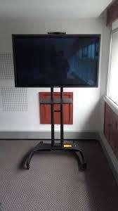 soporte para tv tipo pedestal