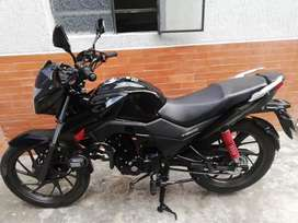 Se vende moto en excelente estado modelo 2020