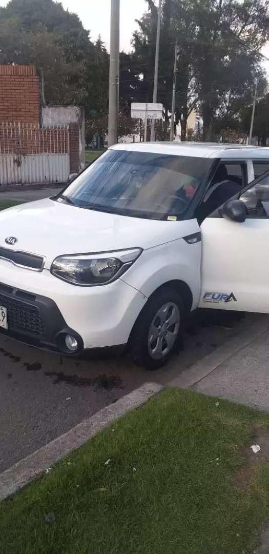 Se busca conductor para vehículo de placas blancas 0