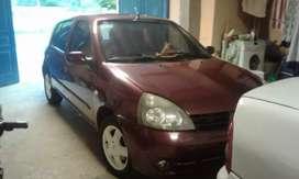 Renault Clio 2 full a nafta modelo2007 ,polarizado  escape silems