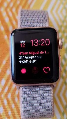 Reloj Apple Wach 3  38 mm color rosa. Malla rosa que de abroja