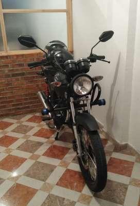 Vendo moto Akt modelo nkd 125. 2018