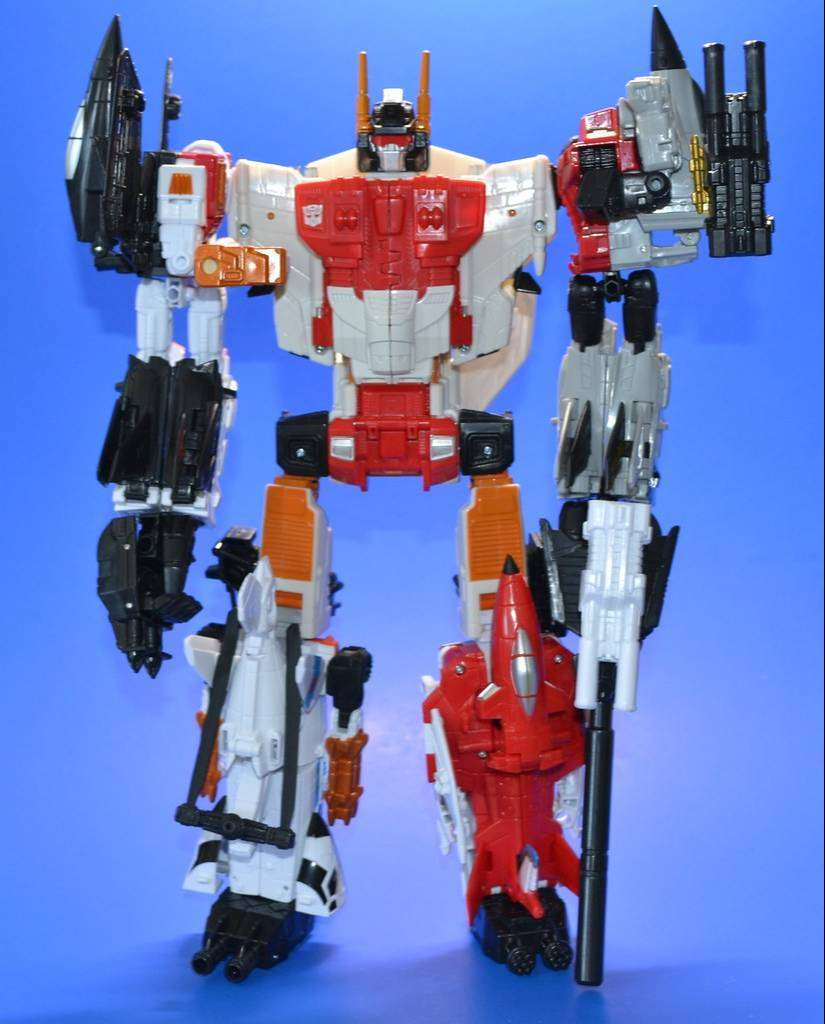 Transformers Generations Combiner Wars Superion / Aerialbots 0