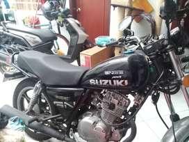 Se vende moto gn 125 nova en poco uso y  kilometraje valor 5.200.000con documentos al día,5.000.000