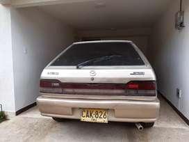 Mazda 323 modelo 90