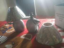 2 Hermosas lamparas color gris y decorado en la parte de arriba 30.5 DE ALTO NUEVO