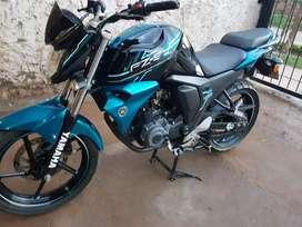 Vendo Yamaha Fz SFI - Mod. 2016- km: 26500.