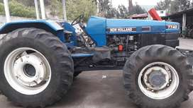 Se vende lindo tractor New Holland 7740