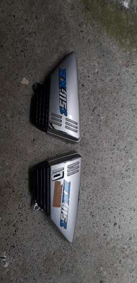 Se vende tanque rx tapas de los lados y manzana trasera original