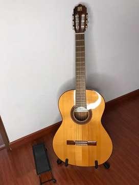 Guitarra acustica Alhambra