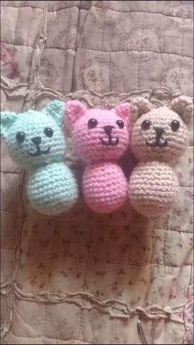 Llaveros de gatitos a crochet nuevos