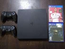 PlayStation 4 Slim 500gb 2 joystick 5 juegos.
