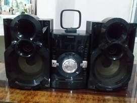 Equipo de sonido panasonic 115$