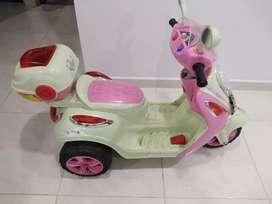 Bendo moto de batería para niña