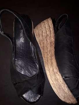 Sandalias casi sin uso