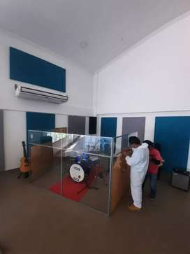 Soluciones acústicas para iglesias, salones de eventos, estudios de grabación y muchos más