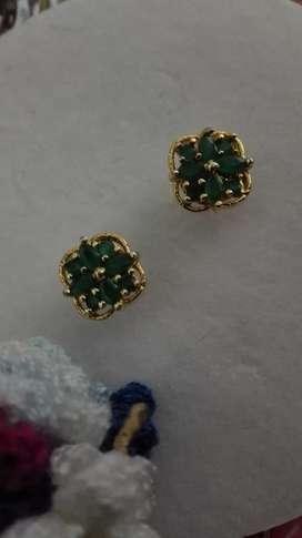 Aretes de esmeralda